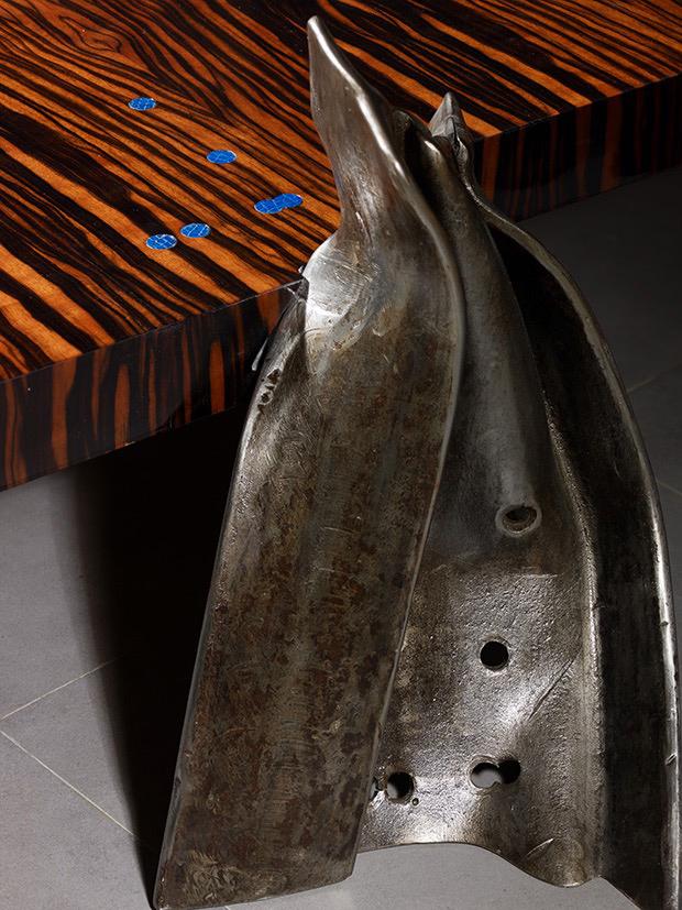 Philippe Bresson 2012, table basse Le lagon, dim. L : 2,10 l : 1,05 h : 0,28 m