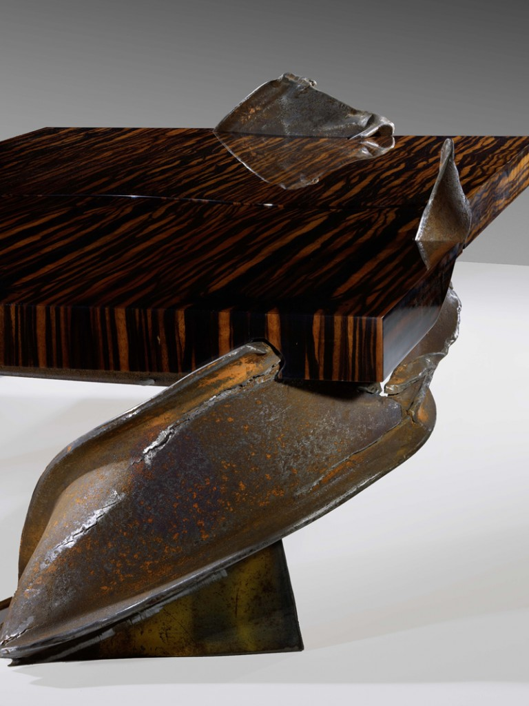 Philippe Bresson 2012, table basse La murène, dim. L : 1,50 l : 0,80 h : 0,31 m