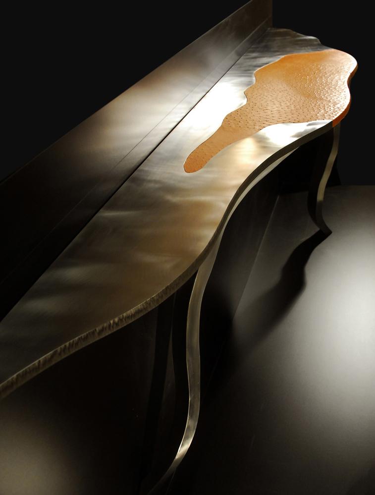 Philippe Bresson, console Le Lézard, 2007, dim. 2,23 m x 0,42 mx 0,89 m