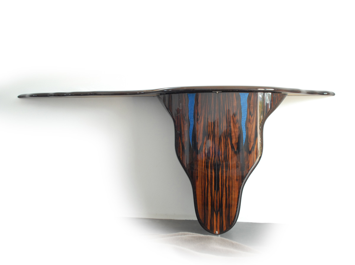 Philippe Bresson 2002, console Le Taureau, dim. 2,10 mx 0,48 m, 0,83 m