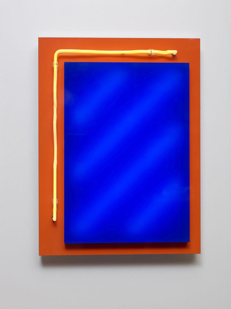 Abstrait lumineux III, 2015 - Plexiglas, bois stratifié, LED, tube néon 60 x 45 x 10 cm